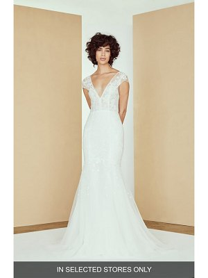 nouvelle AMSALE alastair lace applique trumpet wedding dress