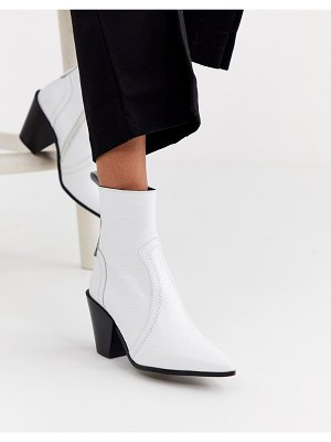 Office avail western cone heel leather boot-white