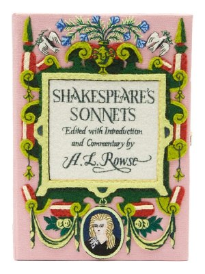 Olympia Le-Tan shakespeare's sonnets embroidered box clutch