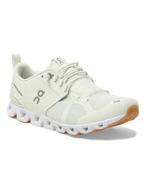 On cloudterry sneaker