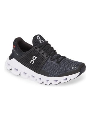 On cloudswift running shoe