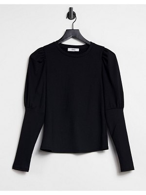 Only long sleeve t-shirt with half volume sleeve in black
