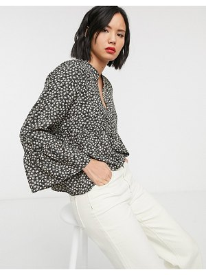 Only smock blouse with flare sleeve in ditsy floral-multi