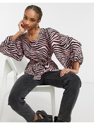 Only top with square neck in pink zebra print