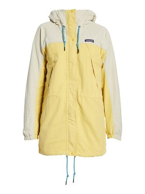 Patagonia skyforest water repellent hooded parka