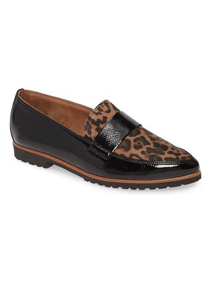 Paul Green callie pointy toe loafer
