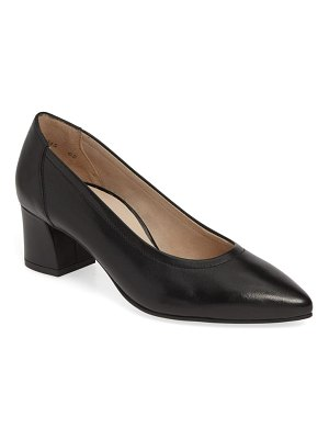 Paul Green tammy pump