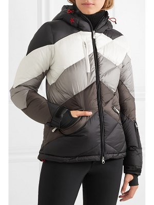 Perfect Moment super day 2 hooded quilted jacket