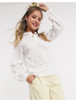 Pieces shirt with broderie detail in white