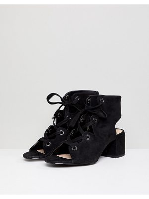 Pull & Bear lace up front heel in black