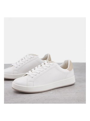 Pull & Bear sneakers in white with neutral tab