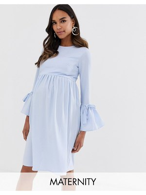 Queen Bee skater dress with fluted sleeve in pale blue
