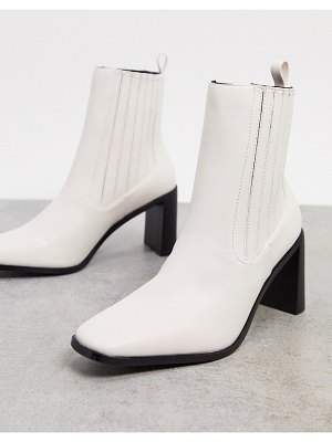 Raid benita heeled chelsea boots in off white