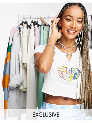 Reclaimed Vintage inspired notch neck t-shirt with rainbow heart embroidery-white