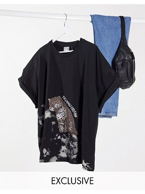 Reclaimed Vintage inspired short sleeve t-shirt in black with leopard print