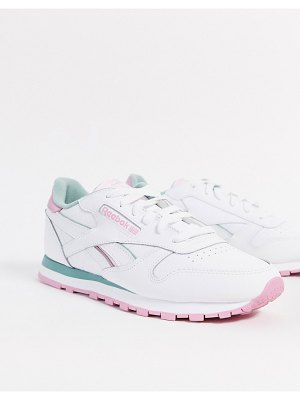Reebok classic leather sneakers in white-pink