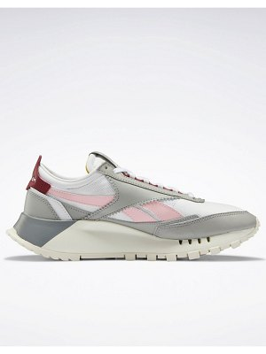 Reebok classic legacy sneakers in white and gray