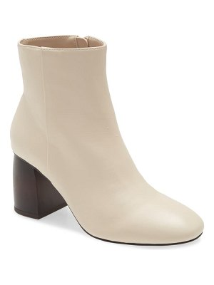 Sanctuary bossa nova leather boot