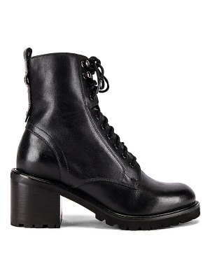 Seychelles irresistible boot