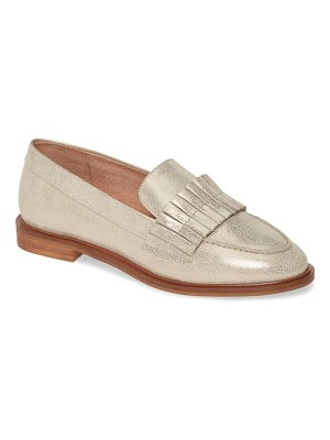 Seychelles powerful loafer