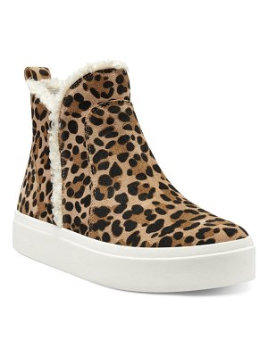 Sole Society teagan platform sneaker boot