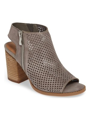 Steve Madden abigail perforated bootie