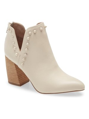 Steve Madden glow pointed toe bootie
