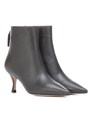 Stuart Weitzman juniper 70 leather ankle boots