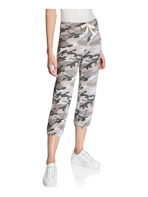 Sundry Basic Camo-Print Cropped Sweatpants