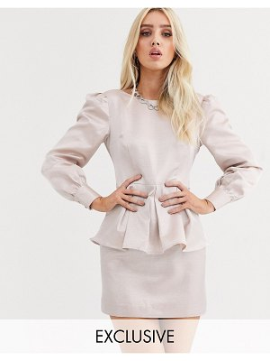 UNIQUE21 peplem hem mini dress with baloon sleeves in shimmer satin-beige