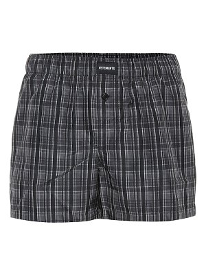 VETEMENTS logo-embroidered checked shorts