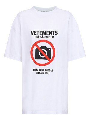 VETEMENTS Over logo print cotton jersey t-shirt