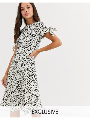 Wednesday's Girl midi dress with tie sleeves in abstract polka dot-black