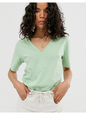 Weekday last v-neck t-shirt in green