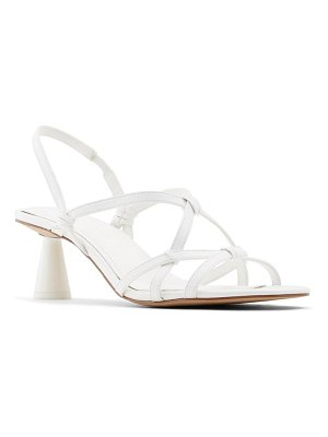 WHO WHAT WEAR perla sandal