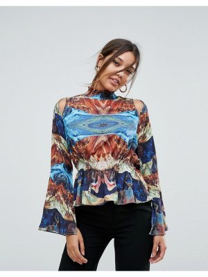 Aeryne high neck printed top with fluted sleeve