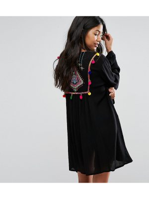 Akasa Embroidered Back Beach Kimono
