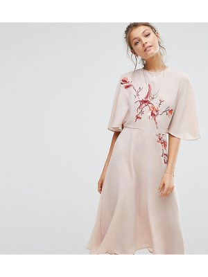 Hope and Ivy Hope & Ivy Embroidered Midi Dress With Angel Sleeve