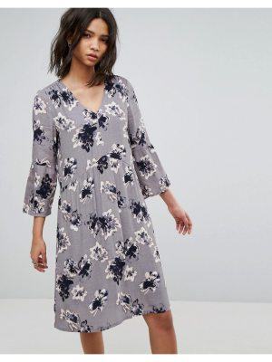 Soaked in Luxury Soaked In Luxury 3/4 Sleeve Floral Shift Dress