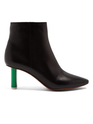 VETEMENTS Lighter-heel leather ankle boots